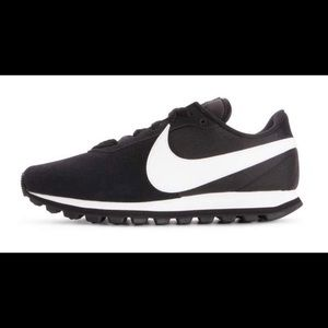 Nike Pre Love O.X Running Shoes Women's Sz 9 Black